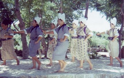 沖縄の母たち
